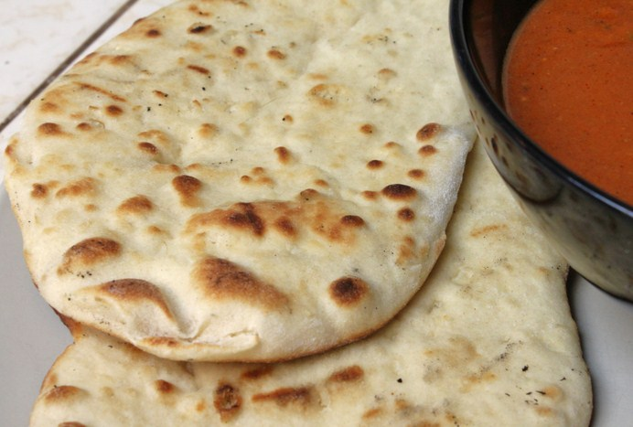 Indian dishes recipe in Hindi Naan